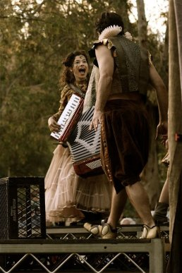 Accordian Indie Shakespeare